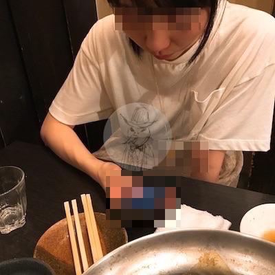 ワクワクメールで知り合った和風美人とご飯を食べているところ